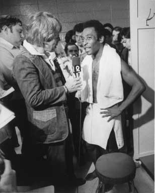 Pele   Interview 1976     - copyright Lisl Steiner